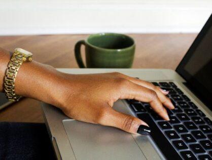I 5 blog scritti da persone di colore che non ti puoi perdere se sei bianco
