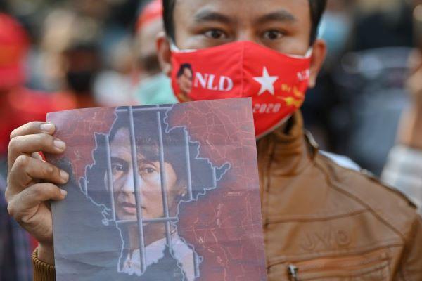 La difficile via verso la democratizzazione: il colpo di Stato in Myanmar e quel sapore amaro di déjà-vu